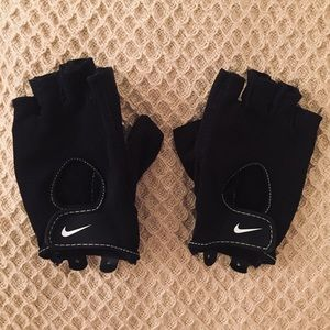 Nike Lifting Gloves